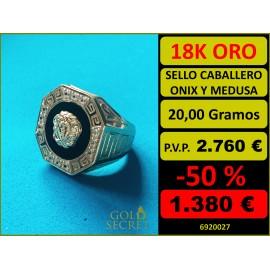 Sello Caballero Octogonal Ónix con Medusa Oro 18 Kilates