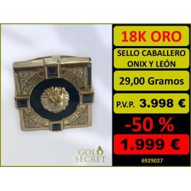 Sello Caballero Cuadrado Ónix con León Oro 18 Kilates