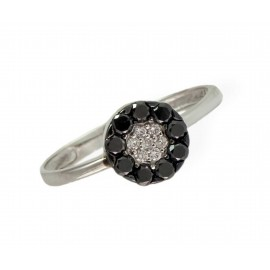 SORTIJA ORO BLANCO 18 Kts. - ROSETON DE 7 BRILLANTES/BLACK DIAMOND 0,386 Qts.